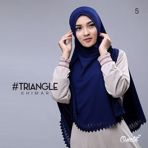 Jilbab Khimar Syar'i Triangle Cutting Navy